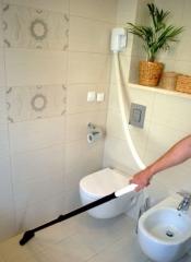 Уборка с помощью Wally Flex в ванной комнате